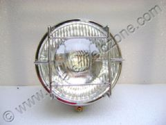 HEAD LIGHT WITH GRILL