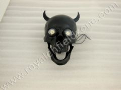 SKULL HEAD LAMP WITH HORNS IN BLACK