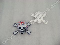 METAL LOGO SKULL WITH AMERICAN FLAG BANDANA