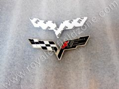 F1 LOGO IN METAL