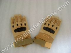 GLOVES IN DESERT STORM COLOR