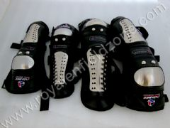 KNEE AND ELBOW GUARD BLACK-CHROME