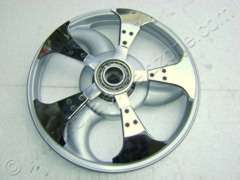 SPINNER WITH ALLOY WHEELS